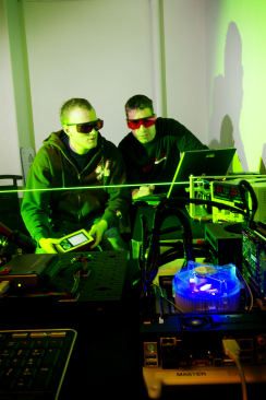 Testing the Stingray laser at Beck Engineering in Oslo.